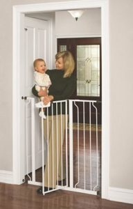 Regalo Easy Step Extra Tall Walk Thru Gate Review